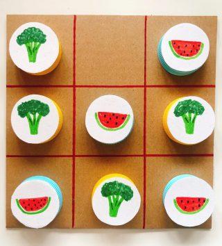 Construir um 🥦jogo do galo🍉reutilizando tampas. #nutrir #nutrition #nutricao #educacaoalimentar #reciclagem #nutrirconsultoriaporto
